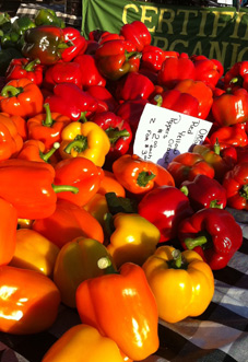 FarmMkt_Peppers